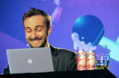 Böhmermann am Laptop - Der Gazetteur
